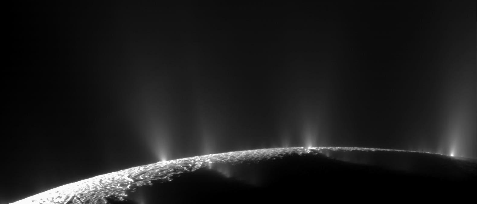 Das Geysir-Becken des Enceladus