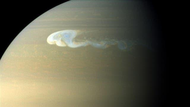 Der Große Weiße Fleck auf Saturn