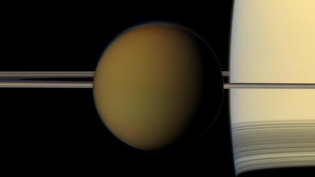 Titans rätselhafte Wolkenkappe