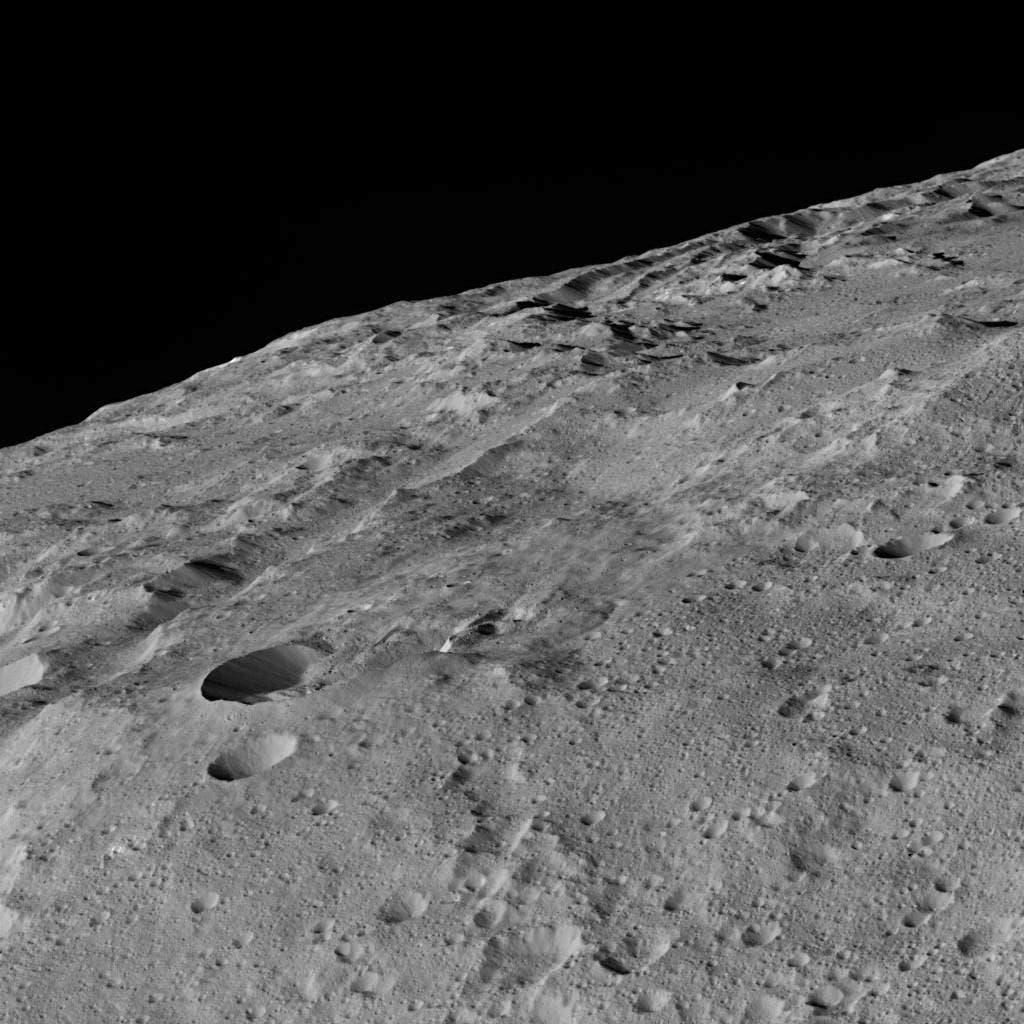 Gerber Catena auf Ceres (Aufnahme der US-Raumsonde Dawn)