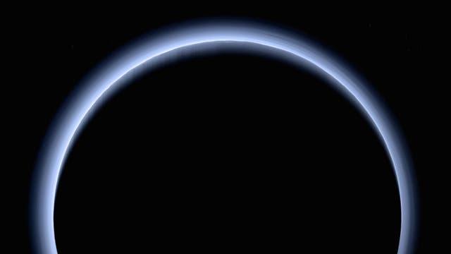 Sonnenaufgang über Pluto