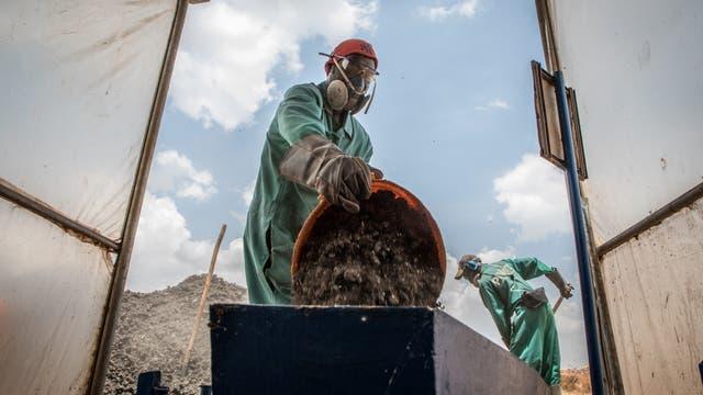 Angetrockneter Klärschlamm in Ruanda