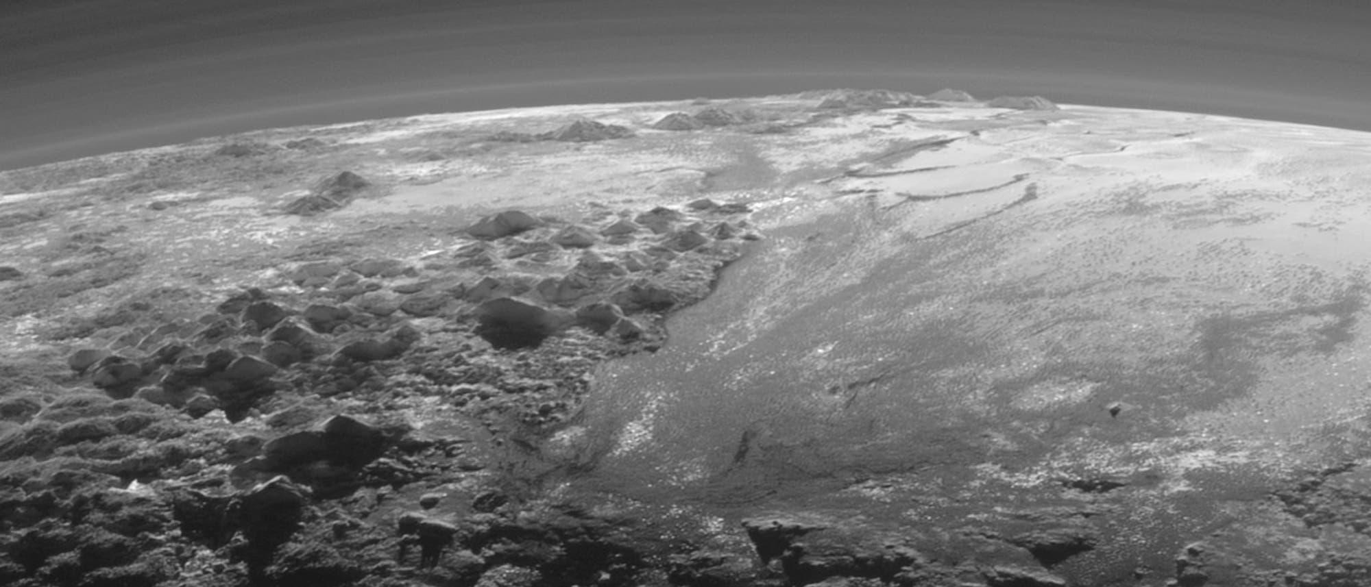 Ausschnitt aus der Pluto-Sichel