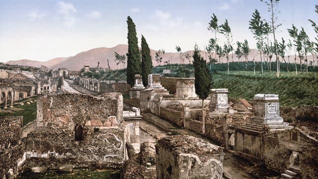 Gräberstraße in Pompeji
