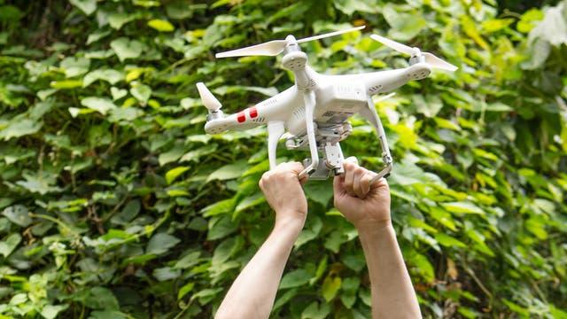 Drohne beim Feldversuch in Grenada