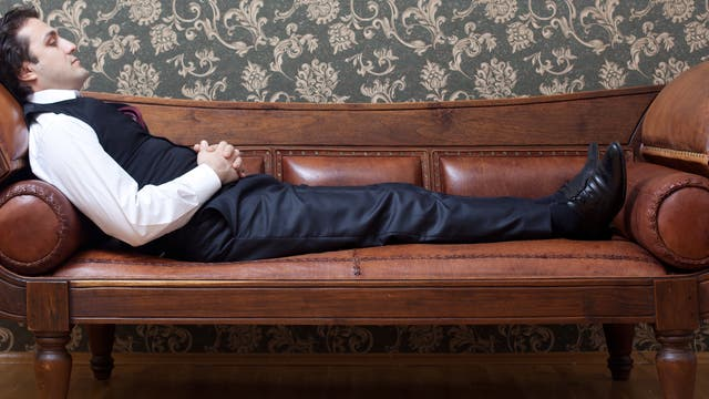 Auf der Couch beim Psychoanalytiker