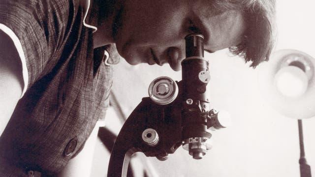 Rosalind Franklin. Aufnahme aus dem Jahr 1955