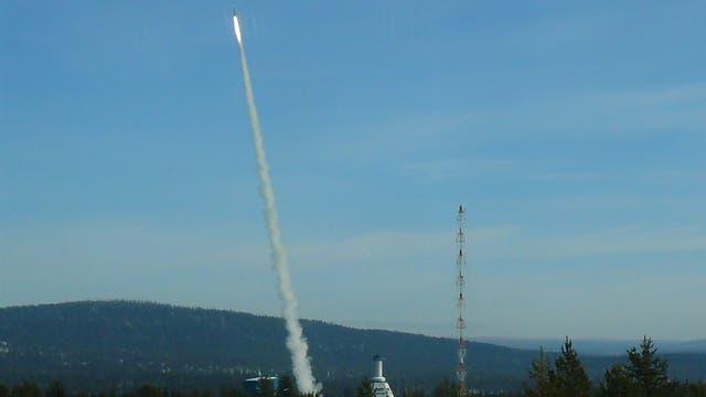 Start einer REXUS-Rakete in Schweden