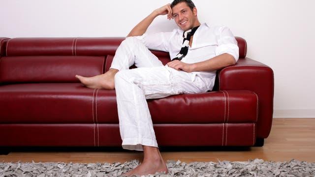 Mann im Sitzen