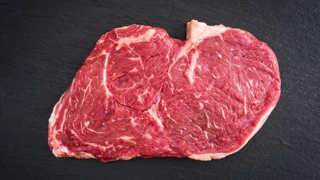 Ein rohes Stück Rindfleisch