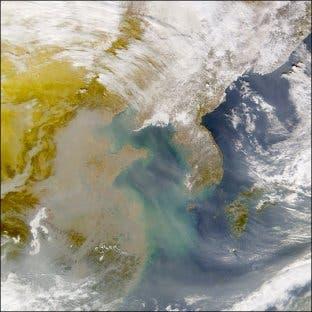 Braune Wolken über Ostasien