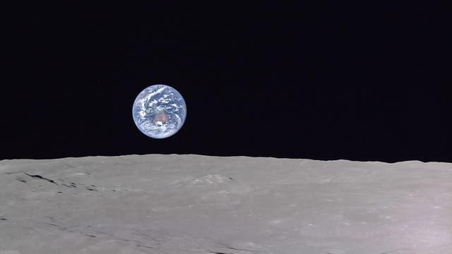 Blick auf den Blauen Planeten