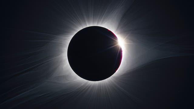 Diamantring bei Sonnenfinsternis
