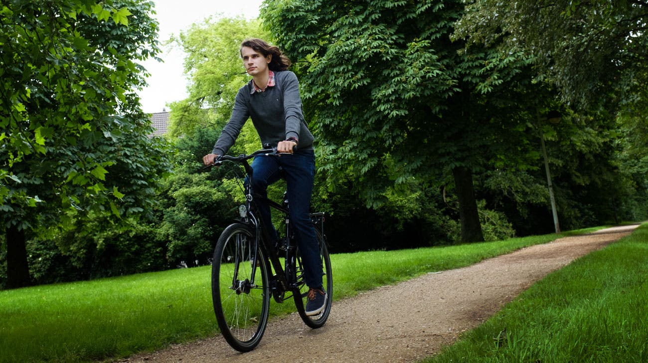 Scholze auf dem Fahrrad