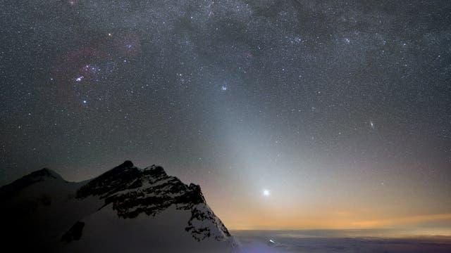 Zodiakallicht am Abend des 14. März 2015 über dem Jungfraujoch