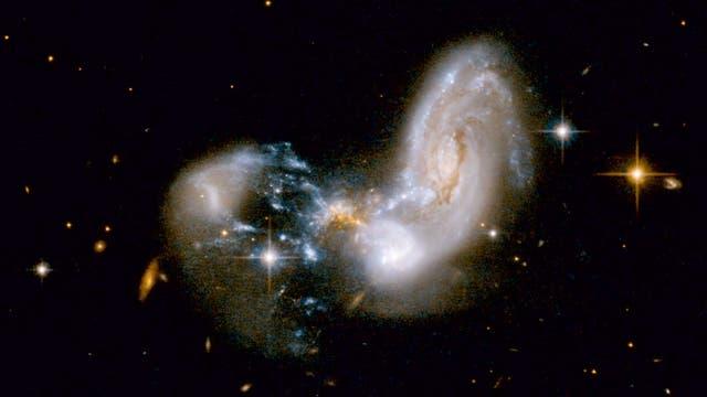 Verschmelzende Galaxien Zw II96