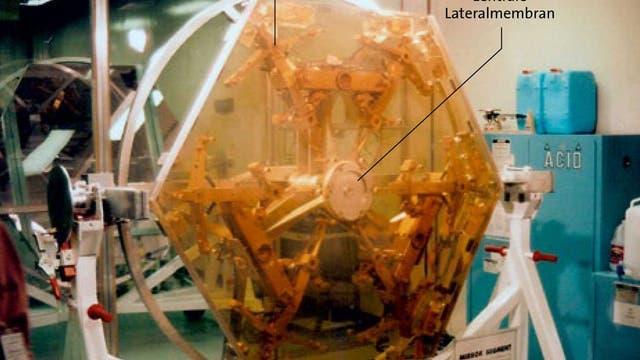 hexagonales Segment eines der beiden 10-Meter-Keck-Teleskope