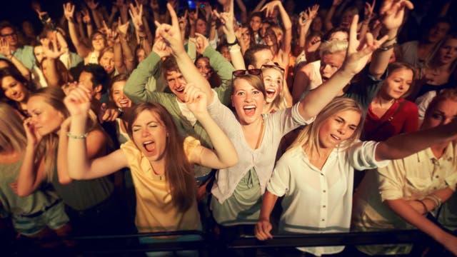Ekstase! Teeniefans bei einem Konzert