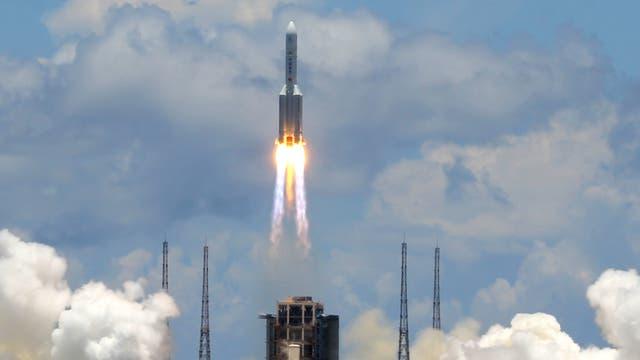 Das Foto zeigt den Start von »Tianwen-1«.