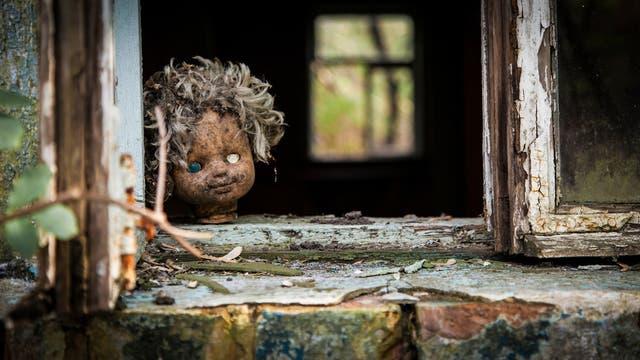 Tschernobyl: Puppe im Fenster