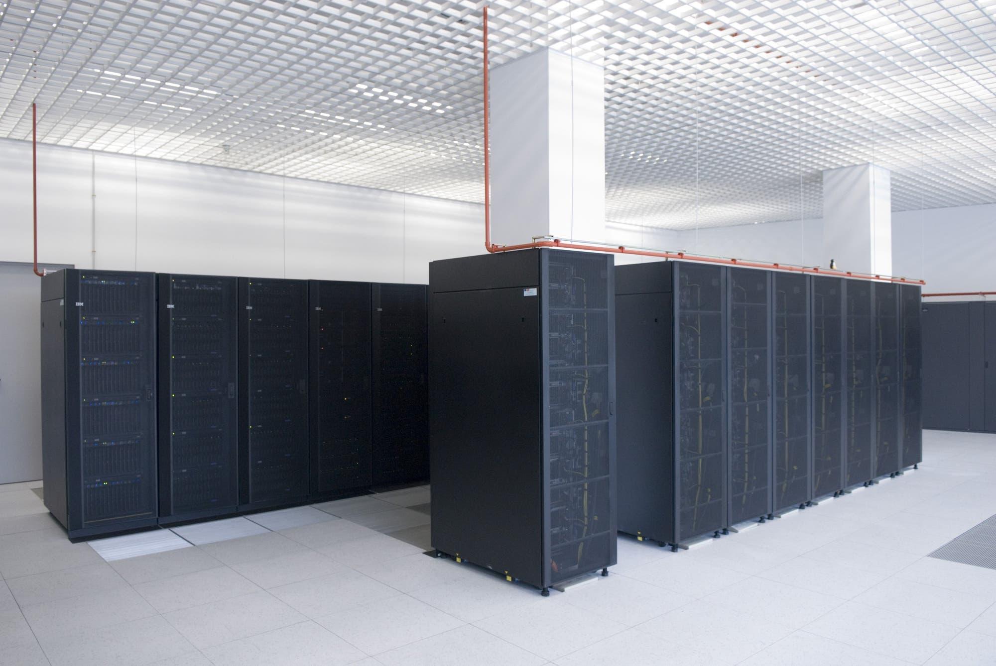 Gehirn im Supercomputer