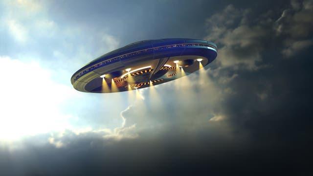 Ein UFO entschwebt