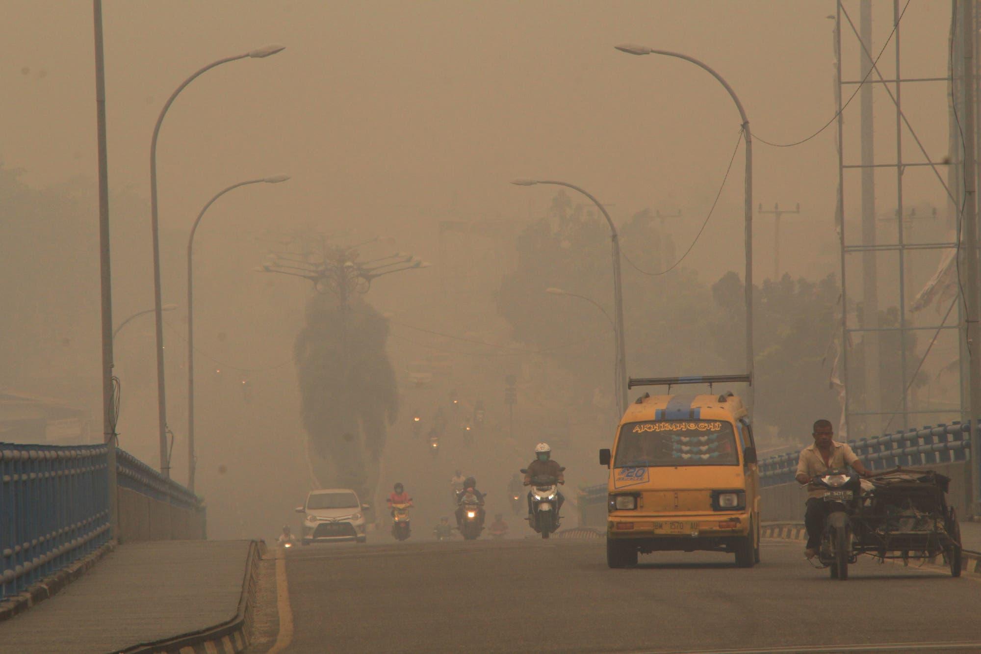 »Haze« in Pekanbaru in der indonesischen Provinz Riau