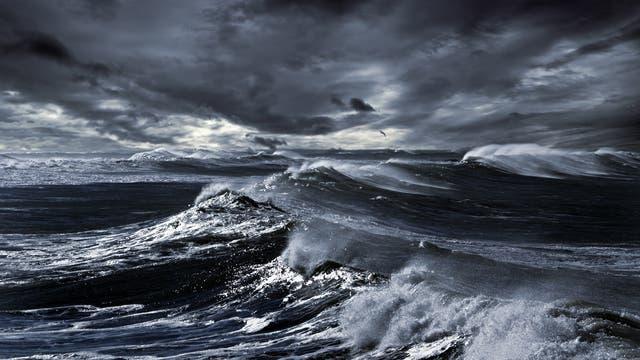 Tosende Wellen auf dem Meer