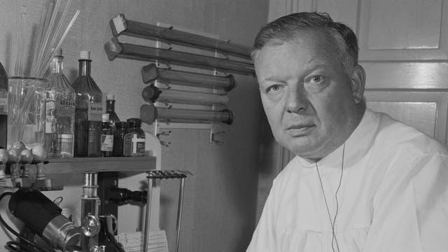 Kardiologe Werner Forßmann im Labor