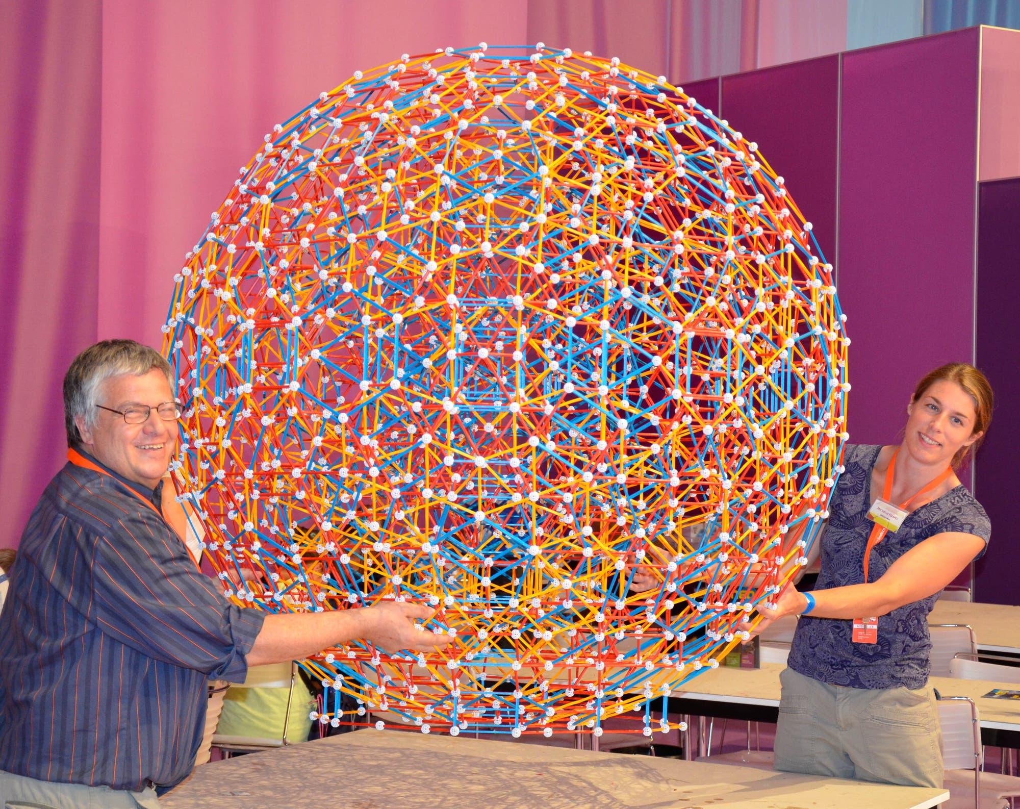 Mathematisches Kunstwerk aus dem Baukasten