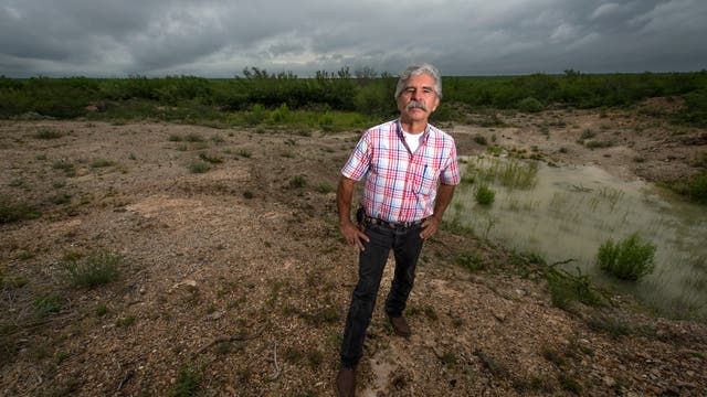 Ethnobotaniker Benito Treviño auf seinem Grundstück Rancho Lomitas