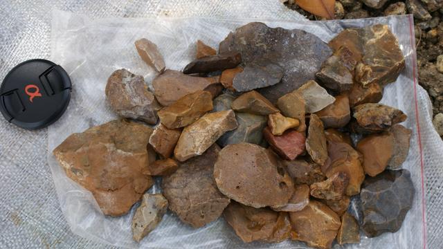 Steinartefakte aus Indonesien