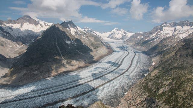 Der Grosse Aletsch ist der größte Gletscher der Alpen und liegt im UNESCO-Weltnaturerbe Gebiet Jungfrau-Aletsch