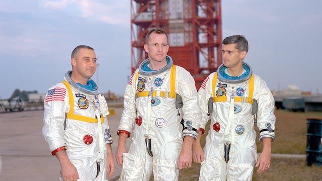 Die Crew von Apollo-1