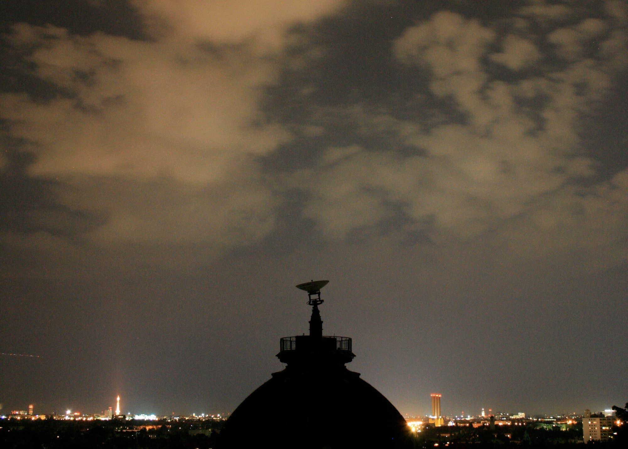 Lichtglocke über Berlin