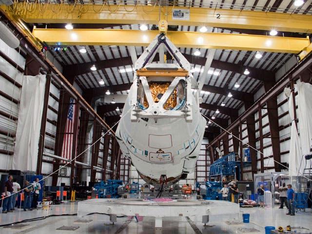 Falcon 9 und Dragon-Kapsel