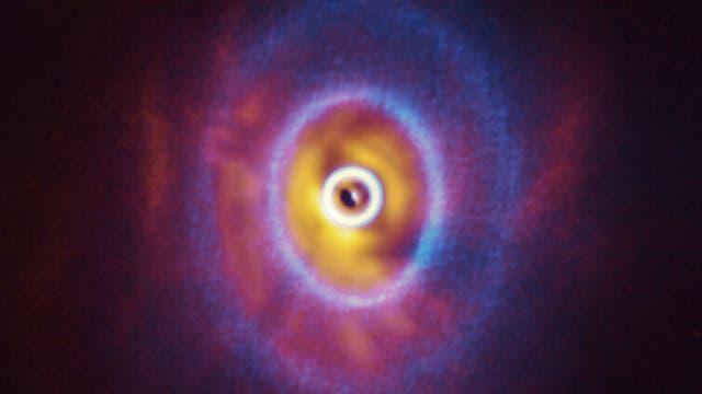 Dreifachstern GW Orionis