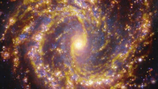 Die 55 Millionen Lichtjahre entfernte Spiralgalaxie NGC 4303 mit VLT und ALMA