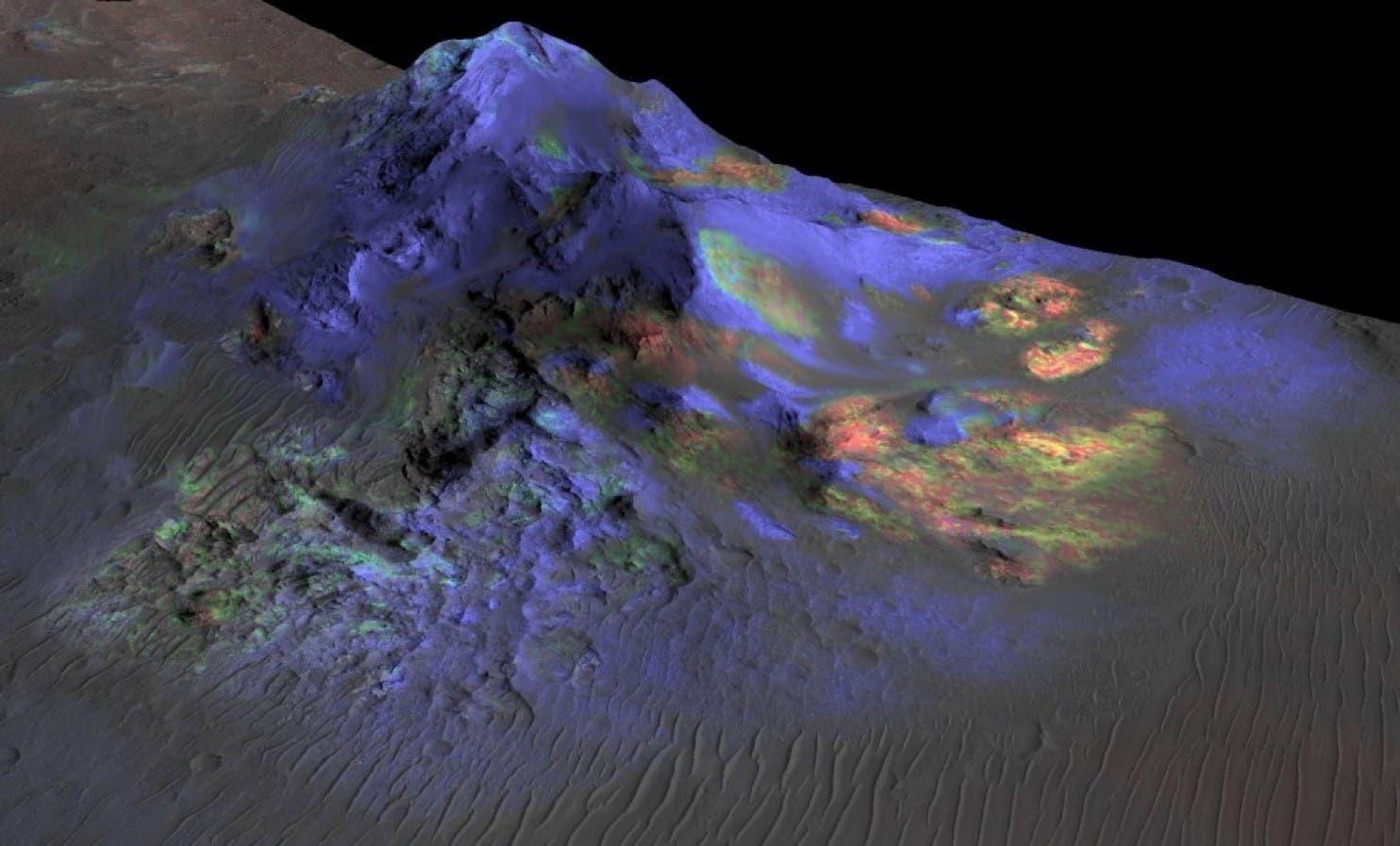 Altglas im Alga-Krater