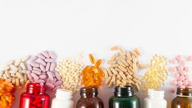 Ob diese bunten Pillen wirken, ist unklar.