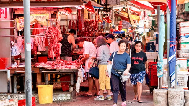 Fleischverkauf an einem Straßenstand in Hong Kong