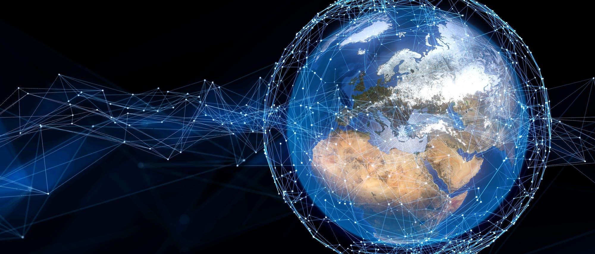 Erde mit Satelliten