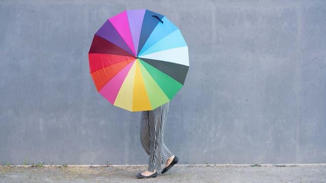 Farbenfroher Schirm