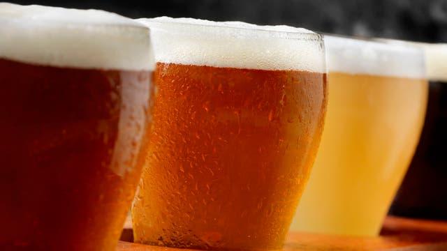 Verschiedene Sorten Bier in Gläsern