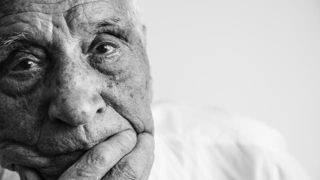 Wenn das Erinnerungsvermögen nachlässt, fürchten viele ältere Menschen, sie würden dement werden.