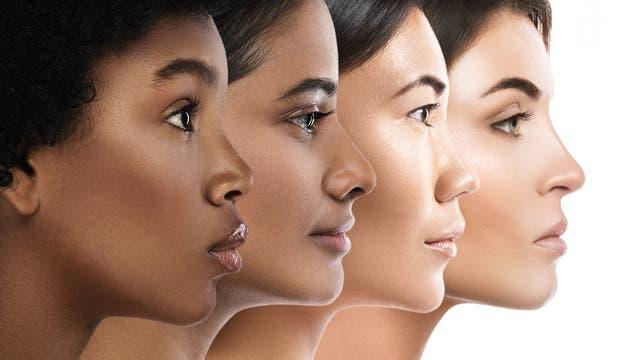 Gesichter von Frauen unterschiedlicher Herkunft