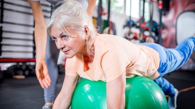 Sport hilft, gesund zu altern.