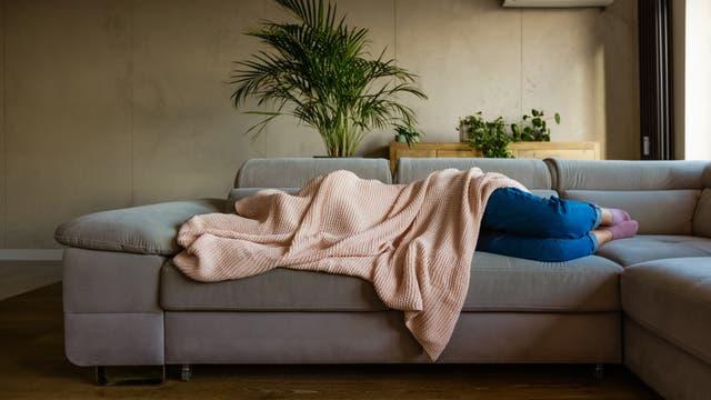 Wer Migräne hat, sehnt sich nach Dunkelheit und Ruhe.
