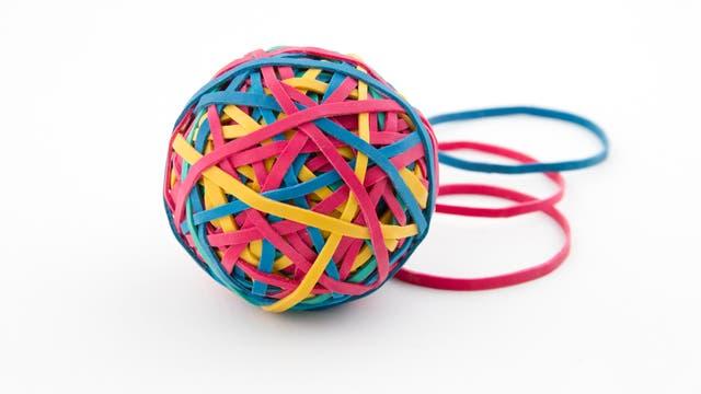 Ball aus Gummibändern