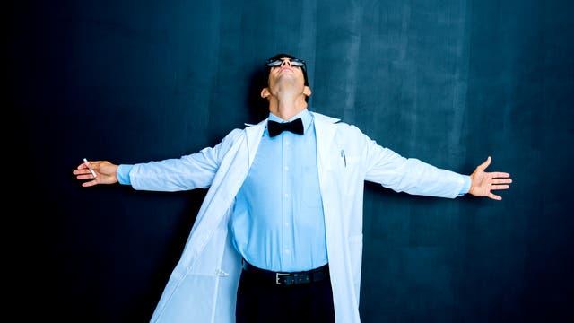Wissenschaftler-Klischee steht an der Tafel
